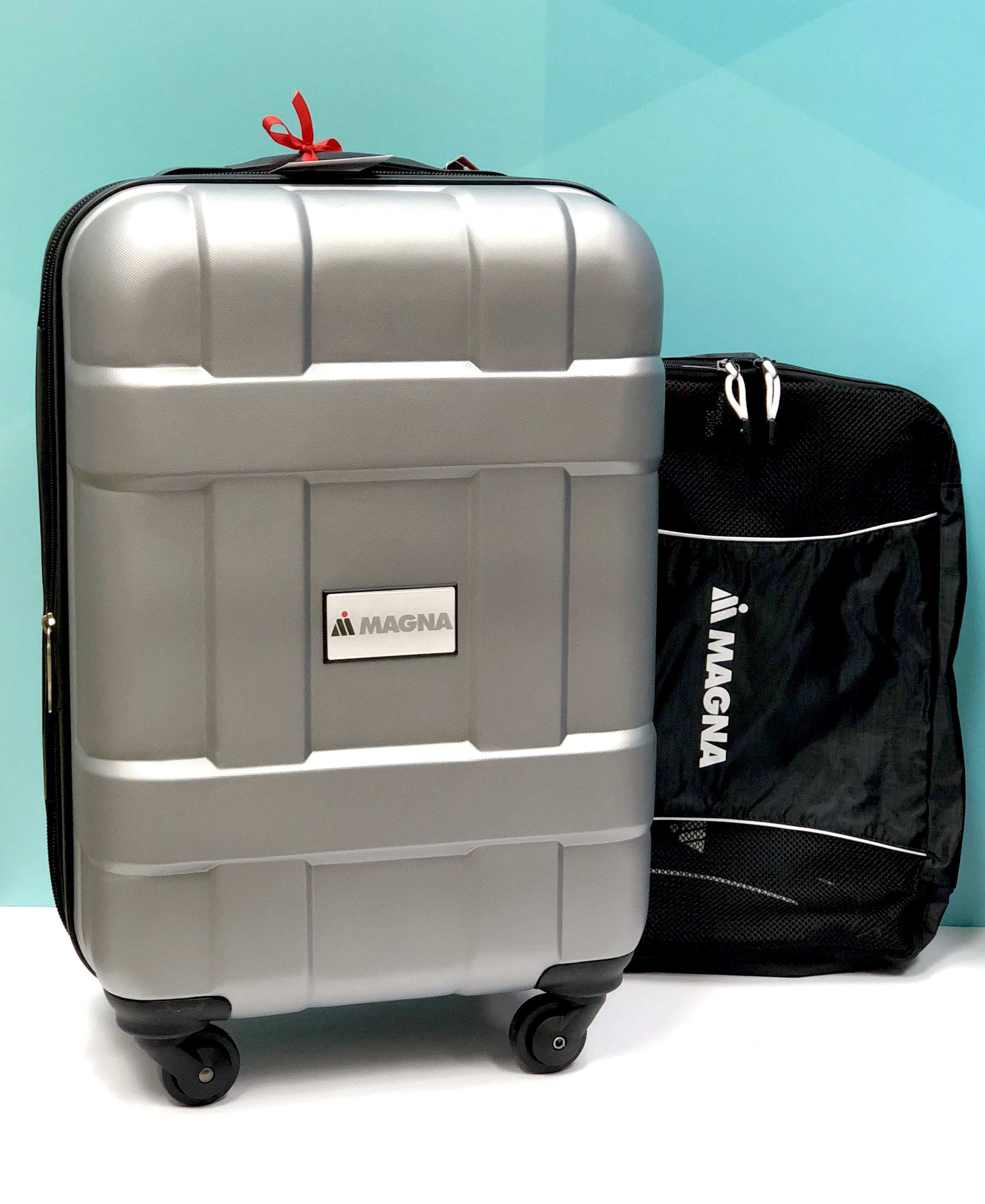 Magna luggage gift